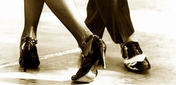 tango_foot